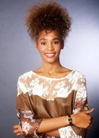 Whitney-Houston-fashion-11