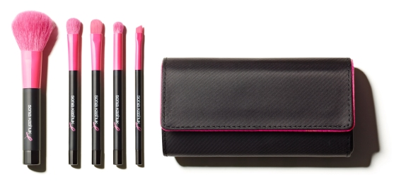 breast-cancer-awareness-month-sonia-kashuk-proudly-pink-brush-set