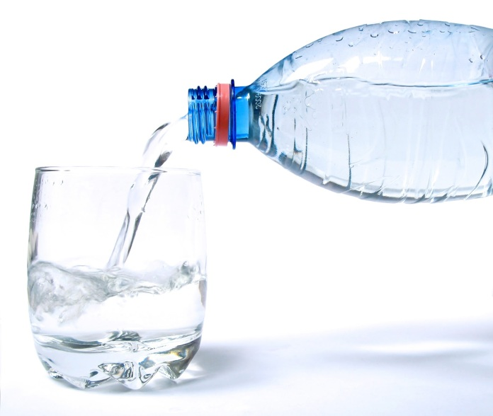 water-bottle-pouring-into-glass