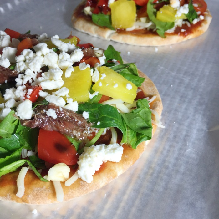easy_pita_pizza_recipe_3
